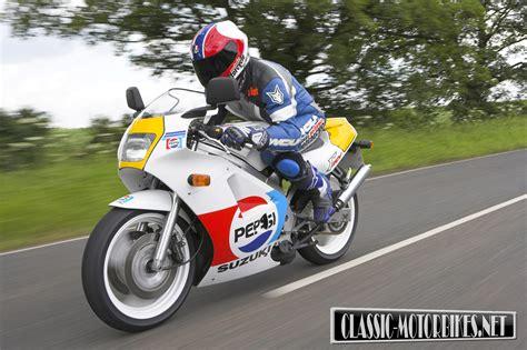 Suzuki Rgv 250 by Suzuki Rgv250 Road Test Classic Motorbikes