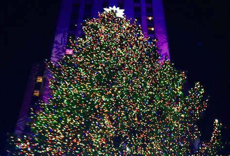 2014 rockefeller tree lighting gallery image inhabitat new york city
