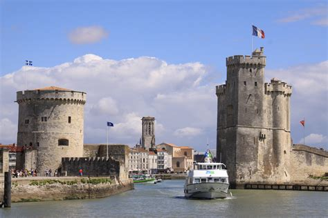 s coast of from royan to la rochelle and rochefort