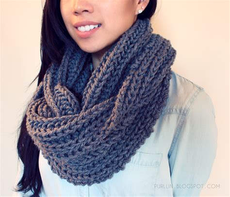 infinity scarf knit pattern for beginners free easy beginner knitting pattern for a chunky knit grey