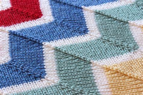 chevron baby blanket knitting pattern rainbow chevron baby blanket wolves in