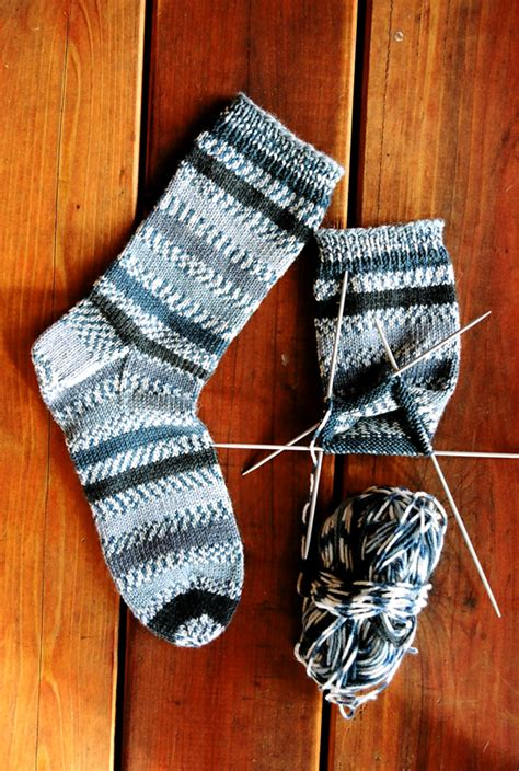 simple sock knitting patterns beginner 242 beginner mid weight socks knitting and simple