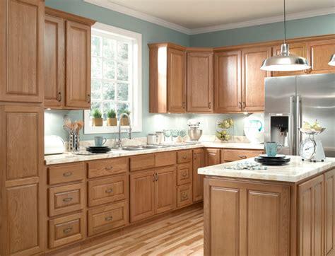 honey oak kitchen cabinets ziemlich honey oak kitchen cabinets kitchen cabinetry
