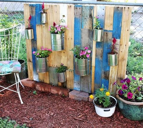 Garden Diy Diy Vertical Pallet Garden Outdoortheme