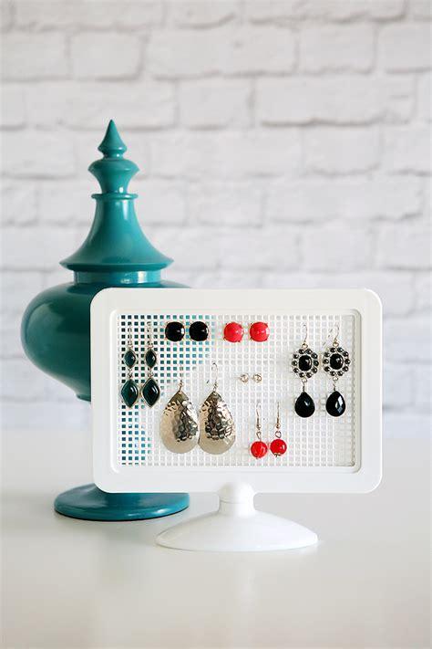 make a jewelry holder diy earring holders eighteen25
