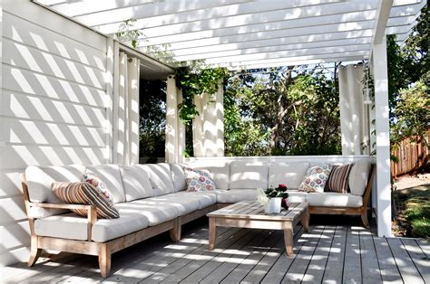outdoor living modern outdoor living