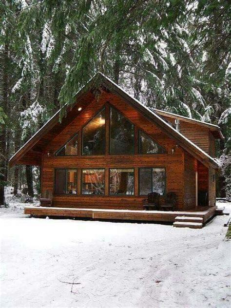 cabin style houses 25 best ideas about log cabin houses on log