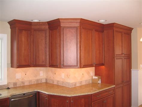 crown molding on kitchen cabinets kitchen cabinets w crown moulding peters custom