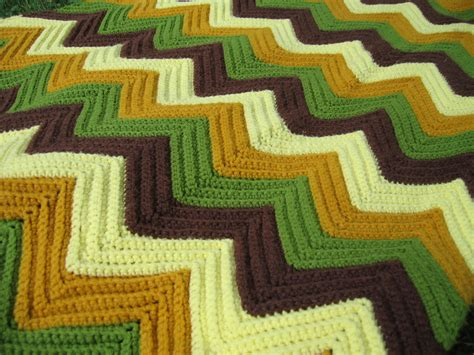 how to knit a zig zag blanket zig zag afghan crochet pattern easy crochet patterns