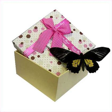 paper craft gifts 21 recycling paper crafts and fabric butterflies for