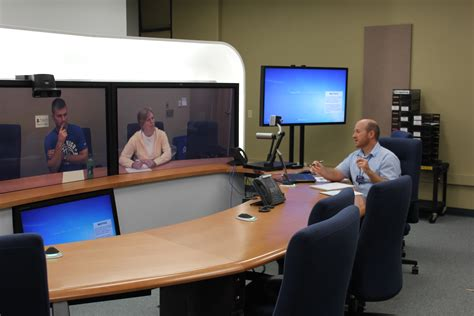 classes for colleges use videoconferencing to offer classes across