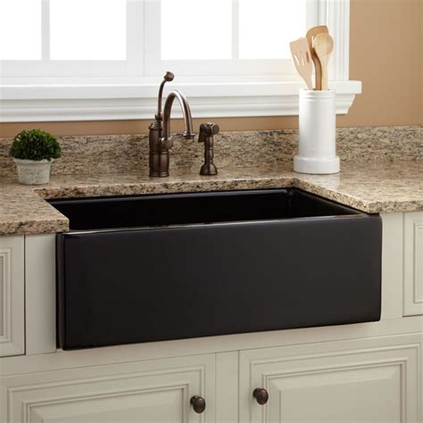fireclay kitchen sinks a z home decor trend 2014 farmhouse sink real houses of