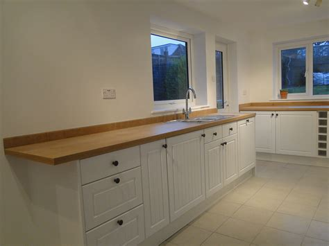 fitted kitchen designs fitted kitchens winchester hshire winchester kitchen