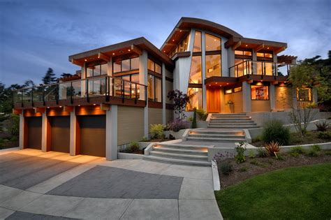 Solar Led Deck Post Lights by Imposing Modern Home In Victoria British Columbia