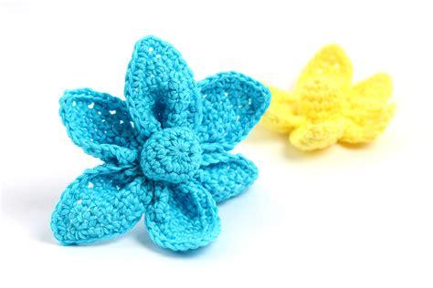 origami flower pattern free crochet pattern origami flower yarn twist