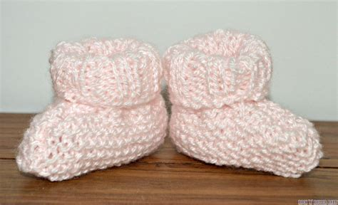 knit baby booties easy how to knit baby booties rocknrollerbaby