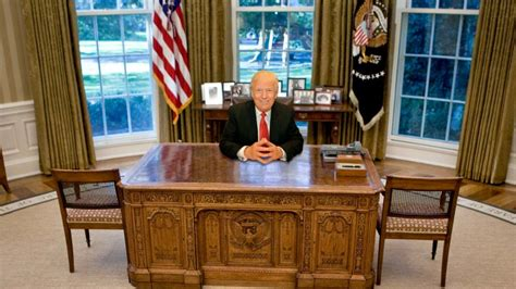 the oval office desk which of these 6 oval office desks will donald