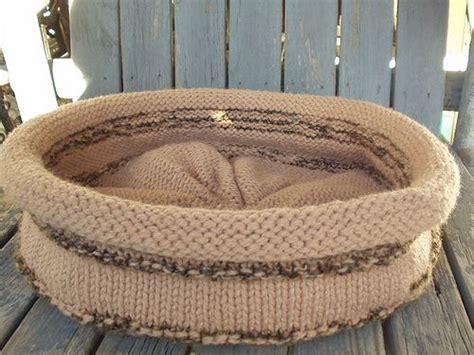 knit cat bed pattern cat bed knitting yarn stitches tutorials a bit of