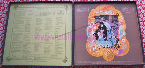 a gift from a flower to a garden totally vinyl records donovan a gift from a flower to