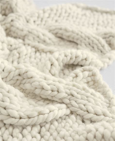 chunky cable knit chunky cable knit sweater table runner so that s cool