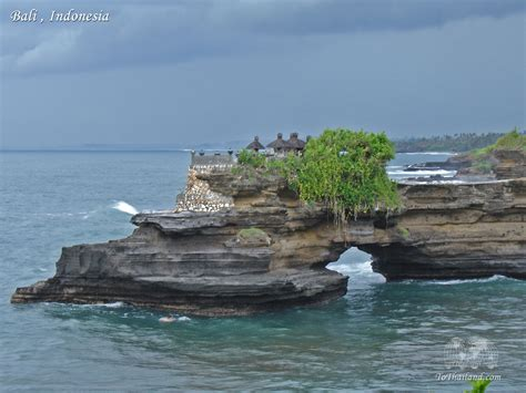 in bali one molana spend your time in bali