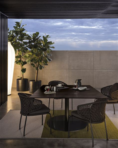 bellagio outdoor furniture bellagio outdoor lounge h61 tables d appoint de jardin