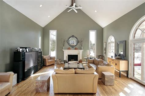 paint ideas for living room with vaulted ceilings home interiors home crown molding for vaulted