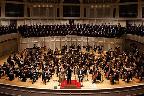 symphony of the chicago symphony orchestra about
