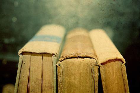 vintage picture books vintage book reading photo 17437789 fanpop