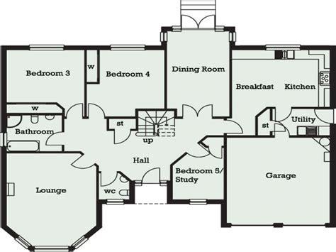 one bedroom bungalow floor plans 5 bedroom bungalow in 5 bedroom bungalow floor plans