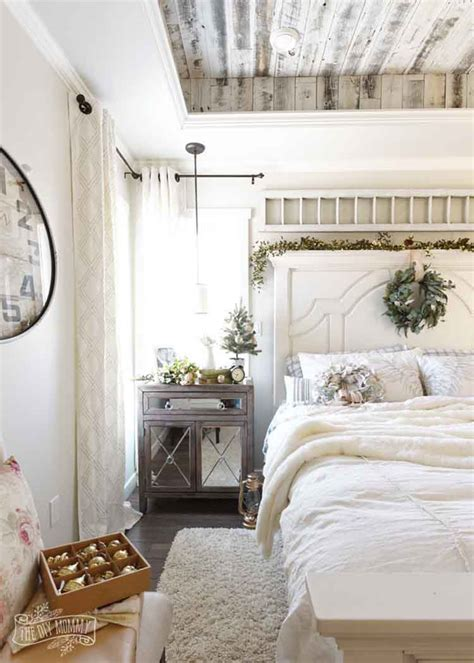 cozy bedroom d 233 cor in farmhouse style master bedroom ideas