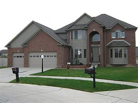 houses for sale in gibraltar 14053 humbug island ct gibraltar mi 48173 foreclosed