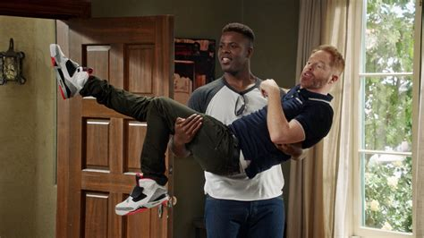 modern family season 8 episode 4 recap spoilers