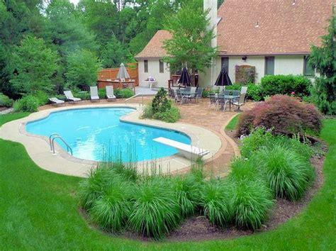pool garden ideas best 25 pool landscaping ideas on