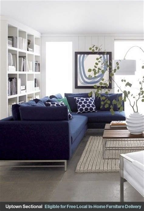 blue couches living rooms best 25 navy blue sofa ideas on navy sofa