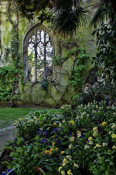 secret garden wall 25 best ideas about secret gardens on my