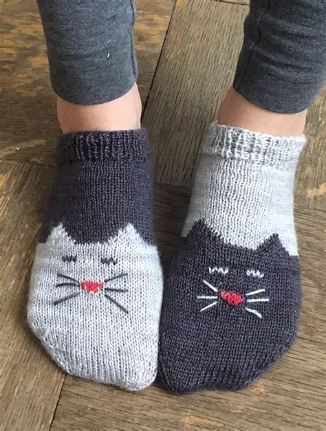 knitted ankle socks patterns free free knitting pattern for yinyang socks toe up
