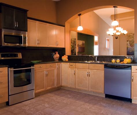 kitchens with maple cabinets light maple kitchen cabinets kitchen craft cabinetry