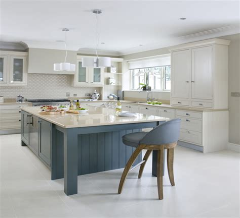 spray paint kitchen cabinets farrow and inframe kitchen doors farrow and painted kitchens