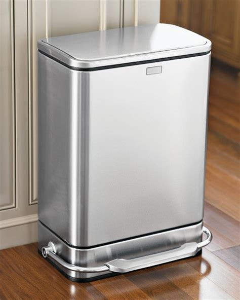 kitchen trash can top ten best kitchen trash cans apartment therapy
