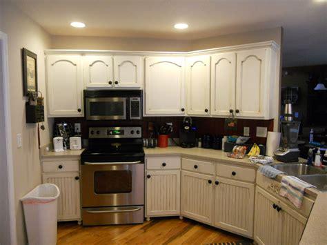 antique glaze kitchen cabinets holden bronze glaze kitchen cabinets quicua
