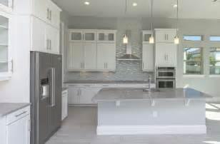 modern white kitchen backsplash kitchen backsplash designs picture gallery designing idea