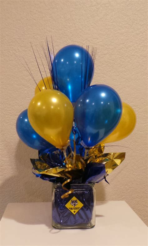 blue and gold decorations blue and gold balloon centerpiece using 5 quot balloons cub