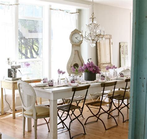 Black Swivel Chair by White Table For Shabby Chic Style Dining Room With