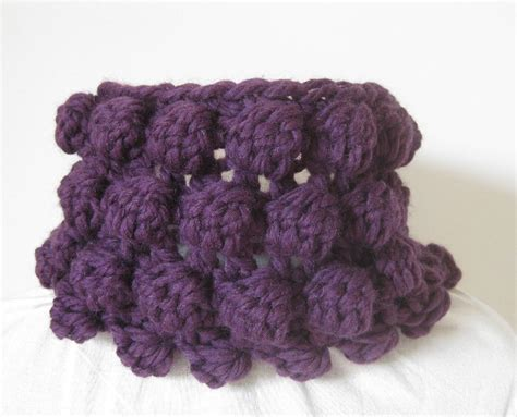 bobble stitch knit crochet bobble cowl