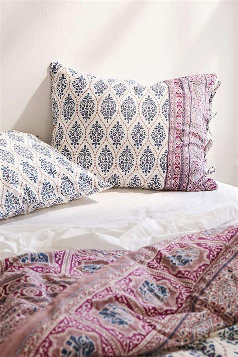 bow comforter set stylish plum and bow bedding homesfeed
