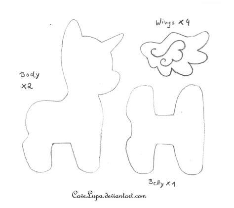 pony patterns my pony plush pattern by cavelupa on deviantart
