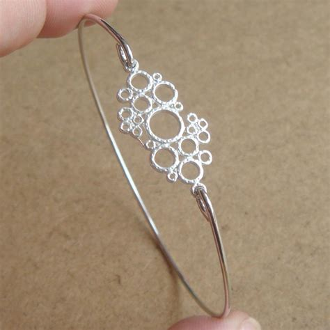 easy jewelry bangle bracelet simple everyday jewelry