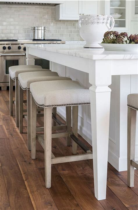kitchen island with stool 25 best ideas about bar stools on kitchen