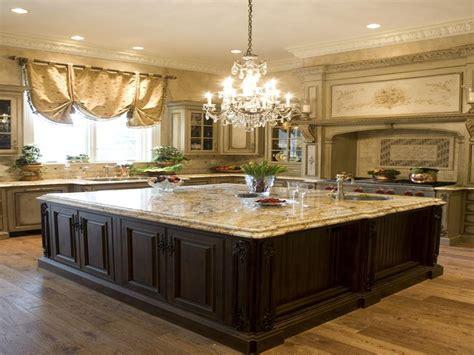 kitchen island chandeliers kitchens with islands classic kitchen island chandelier kitchen island chandeliers kitchen